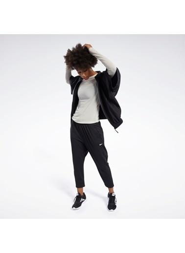 Reebok Kadın Siyah Woven Short Sleeve Sweatshirt FK7044 Siyah